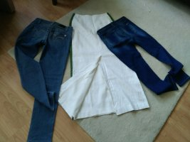 schmale washed-out Jeans von Massimo Dutti