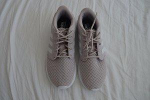 Schöne Adidas Sneaker in Größe 38