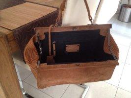 Schöne ausgefallene Handtasche von Strenesse