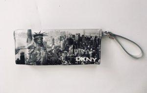 Schöne Clutch von DKNY