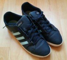 Schöne dunkelblaue Adidas Turnschuhe / Sneakers 40