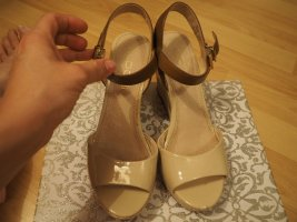 Schöne Keilabsatz Schuhe Gr 38