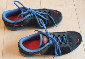 Schöne NIKE Fitness Schuhe Sneaker 1A Zustand Gr. 39
