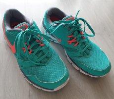Schöne Nike Sneaker Gr.  41