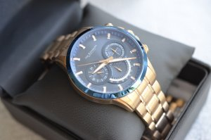 Watch With Metal Strap bronze-colored-blue