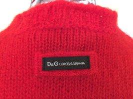 Schöner roter Pullover von D&G