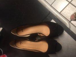 Schuh in schwarz  - - Rauhleder - neuwertig