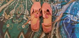 Tacones de tiras rosa