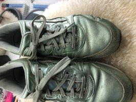 Asics Basket à lacet blanc-vert pâle
