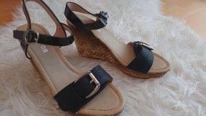 top or Platform High-Heeled Sandal black-beige