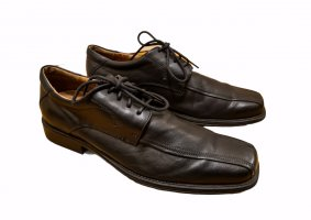 Gallus Wingtip Shoes black