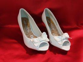 Ariane Classic Court Shoe white