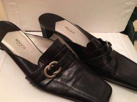 Schuhe in Schwarz