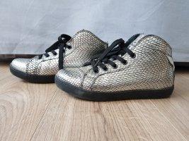 Sneaker stringata argento