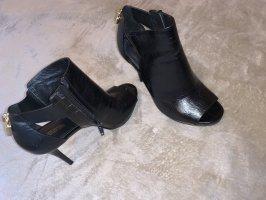 Michael Kors Wingtip Shoes black