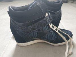 Schuhe mit Keilabsatz 41