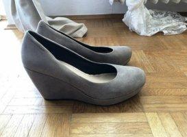 Schuhe mit Keilabsatz von Vagabond in grau