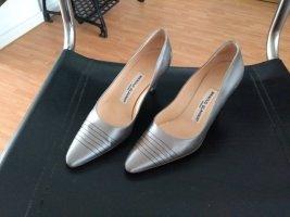 Schuhe, Pumps, MANOLO BLAHNIK