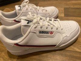 Schuhe (sneaker)