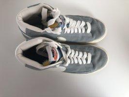 Schuhe von Nike