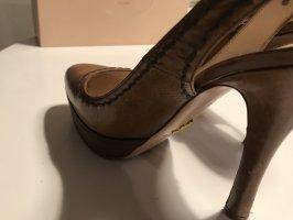 Schuhe von Prada
