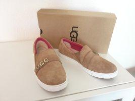 Schuhe von UGG