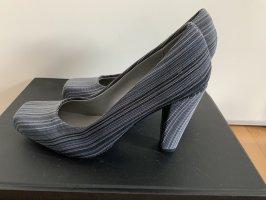 Schuhe von United Nude, neu