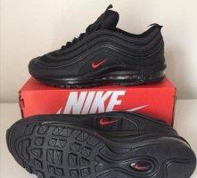 Nike Sneakers met veters zwart-baksteenrood