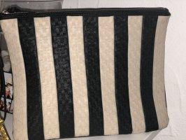 schwarz-weiße Clutch von Accessoires