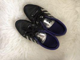 Adidas Sznurowane trampki czarny-srebrny