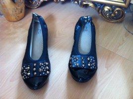 schwarze Ballerinas mit goldenen Nieten ( 37, neu, Makgio)