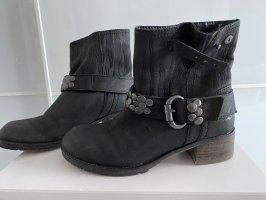 SPM Shoes & Boots Low boot noir
