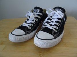 Schwarze Converse Sneaker