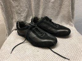TCM Low Shoes black