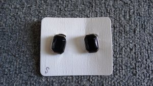 Earclip black-silver-colored