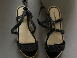 Topway Strapped Sandals black-white