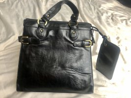 Schwarze Handtasche/ Umhängetasche (Ledernachbildung)