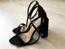 Schwarze High Heels Asos