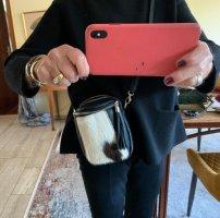 Schwarze kleine Leder Umhängetasche mit Fell made in Italy