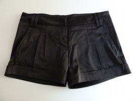 Schwarze kurze Hose glänzend