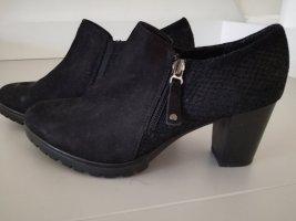 schwarze kurze Leder low Ankle-Schuhe