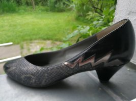 Schwarze Leder-Pumps in Reptil Optik - wie NEU!