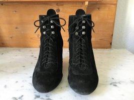 Schwarze Leder Stiefeletten mit Keilabsatz