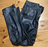 Mango Pantalon en cuir noir