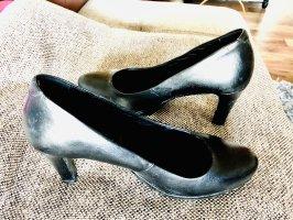 Schwarze Lederpumps Schuhe