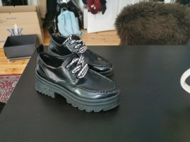 Zara Zapatos brogue negro