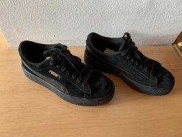 Puma Zapatillas con tacón negro