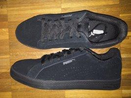 Schwarze Puma Sneaker