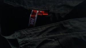 schwarze Röhrenhose von edc