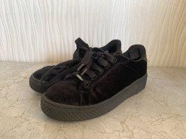 Schwarze Samt Sneaker von Graceland Deichmann Gr. 38